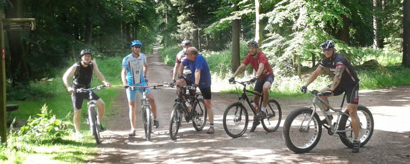 Durch die Harburger Berge mit den Escheburger Radsportlern